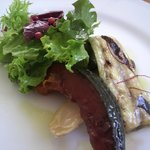 カフェレストラン ラヴィータ - ランチ、前菜。素焼きのカボチャとナスに バルサミコ?ソースがベストマッチ!