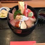 57230372 - 敦賀海鮮丼