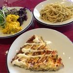 鉄板焼きバール ピアチェーレ - お惣菜はビュッフェ