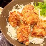 神戸COCCO - からあげ丼 (>_<)