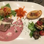 BISTRO L'Assiette - ハムなどの 前菜☆