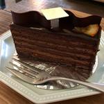 57235979 - オレンジ風味のチョコレートケーキ ♪