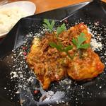 57241364 - ランチの若鶏とひよこ豆のトマトソース煮込み