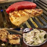 焼肉ホルモン せいご - 奇跡の出会い(牛ヒレとフォアグラ)・すげーキャベツ