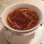 楼蘭 - フカヒレのスープ2016.10撮影