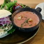57244994 - ビーツのスープ