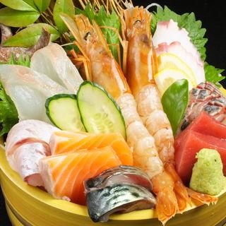 鮮度良好、激安海鮮盛りを食せ!