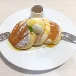 幸せのパンケーキ - カラメルシロップはかけ過ぎ注意!(これはかけ過ぎ失敗の図です..)