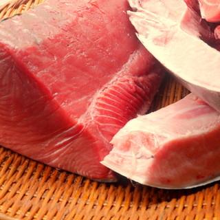 本マグロの美味しさは一度食べたら他のマグロは食べれません!