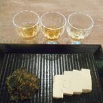 恵比寿 君嶋屋 - 木戸泉古酒「玉響」飲み比べセット、豆腐の西京味噌漬けと昆布おかか