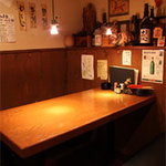 かば家 - 栄の鉄板居酒屋『かば家』の店内は居心地にもこだわっております
