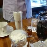 珈琲舎のだ - アイスコーヒーもテーブルサーブ