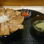 PORCO - 炭火焼バラ味噌豚丼