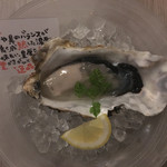 赤坂見附 個室 和食ビストロ 日本酒にするか ワインにするか - 牡蠣
