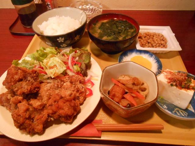 居酒屋ハル(陽) - 鶏の唐揚げランチ 700円