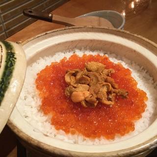 季節に合わせた土鍋の炊き込みご飯