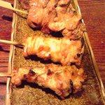 5729720 - 鶏レバー(130円)とせせり(130円)