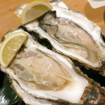 SAKE BAR オトナリ - 北海道昆布森の生牡蠣