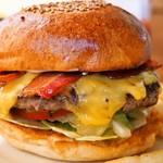 ウエストウッドベーカーズ - 料理写真:スモークベーコンチーズバーガー