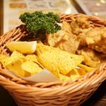 どん底 - 鶏の唐揚げ(850円)