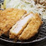 華屋与兵衛  - 松茸ご飯と熟成ロースカツ膳