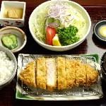 やまと豚ロースカツ膳150g(平日)
