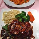 洋食亭ブラームス - チキンソテーとチキンライス