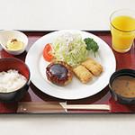 お子様膳 (やまと豚ハンバーグ+本日の揚げ物)