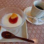 大渚亭 - 食後のデザート。ドリンクは追加オーダー 2016.10