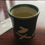 京甘味 文の助茶屋   - お茶です。まめに注いでくれます。