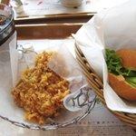 BBQフライドチキン&カフェ - オリジナルチキンとつくねミニバーガーセット