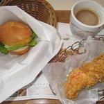 BBQフライドチキン&カフェ - オリジナルチキンとクリームコロッケミニバーガーセット