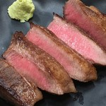 居酒屋とおるちゃん - 自慢のぶ厚切り牛タン。仙台より美味いとの噂。