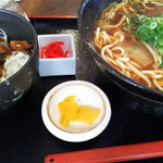 57313782 - 沖縄そば&ソーキ丼のセット(880円)