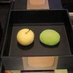 皆美館 - 生和菓子は、松江三銘菓の1つ若草の本舗、彩雲堂のもの