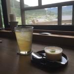 カフェ月星 - 2016/10 ミナ★ジュースと自家製プリン