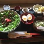 カフェ月星 - 2016/10 ミナのカメカメーランチ ソーキ丼バージョン煮卵トッピング