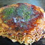 市川お好み焼き - 料理写真:そば肉玉 550円 (2016.10)