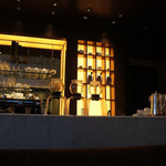 キハチ カフェ - 落ち着いた雰囲気の店内