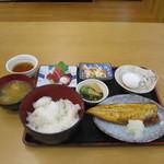 清水港 - 和定食(サバ塩)