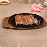 燕煕楼 - 焼き餃子