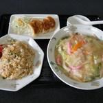 中華料理・ちゃんぽん 華豊 - 皿うどん太麺セット@1,350