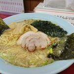 ラーメンショップ  - ラーメン500円