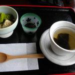 長峰製茶 - わらび餅昆布茶付き