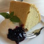 57336625 - 手作りケーキ…ふわふわのシフォンケーキ
