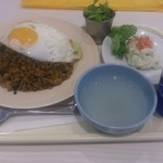 ガイトーン - ・ガパオライス大 850円 ・セット(ポテトサラダ、烏龍茶) 200円