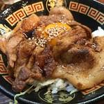 金澤濃厚中華そば 神仙 - 豚玉飯。