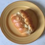 プチ・トリフ 山屋 - ちくわパンです。