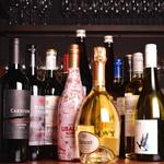 炭焼き&ワイン ドリフト - ソムリエの資格のあるスタッフいます。お気軽にお尋ねください
