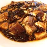 チャイナ食堂 九龍 - ピリ辛の麻婆豆腐、美味いです!ご飯が進みます